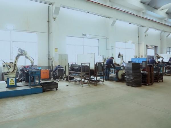亿东机器人焊接设备